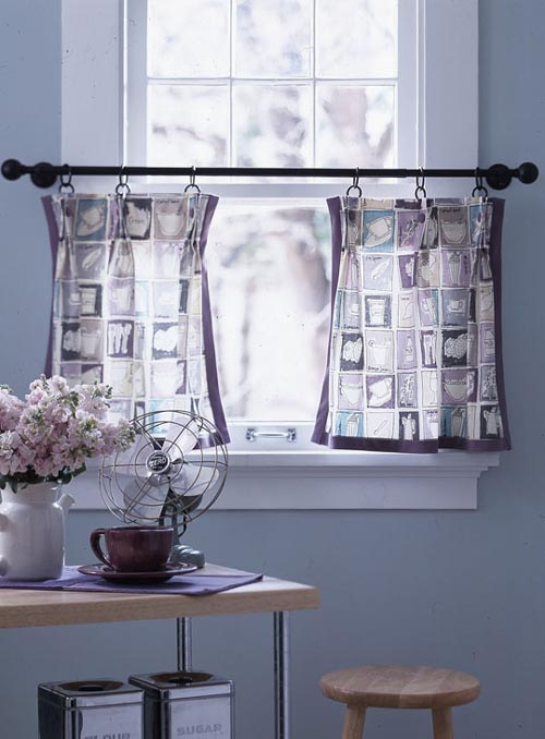 Kitchen window curtains ideas home modern for Kitchen window curtains